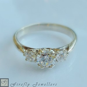 F13V - Delicate engagement ring with a subtle antique feel