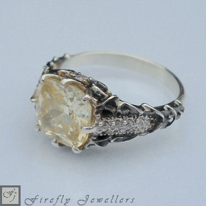 F15V - Cushion cut antique style engagement ring